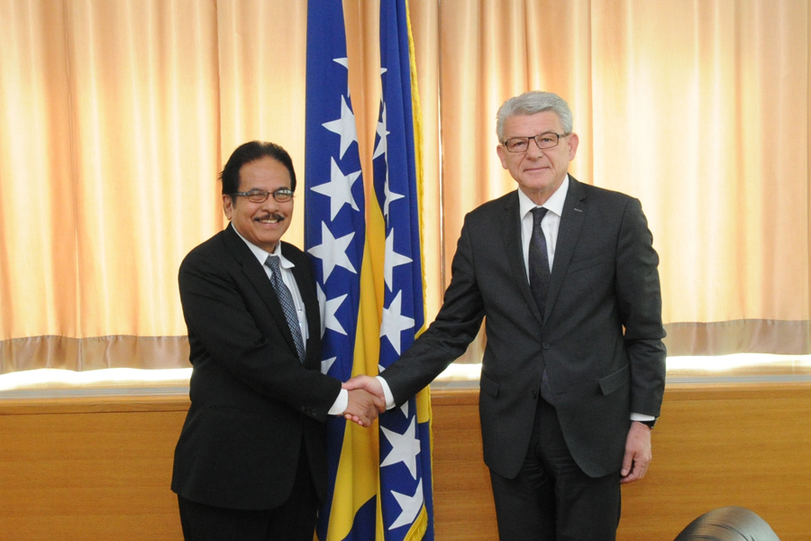 Deputy Speaker of the House of Representatives of the Parliamentary Assembly of BiH Šefik Džaferović spoke with the Minister of Agrarian and Spatial Planning and Head of the State Land Agency of the Republic of Indonesia
